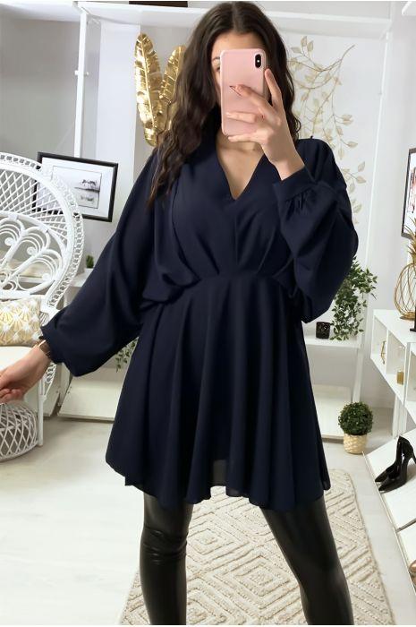 Robe tunique marine col V avec plis à l'avant