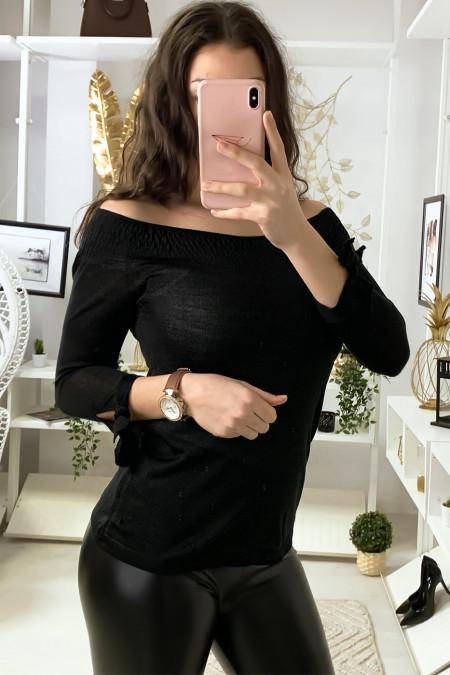 Zwarte boothals top met elastiek en knoop aan de mouwen