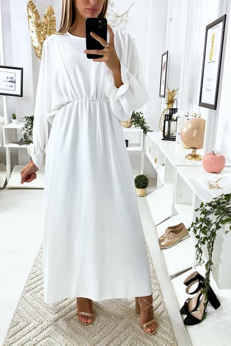 Lange witte jurk met ronde hals