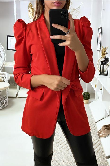 Rode blazer met gepofte schouders en riem