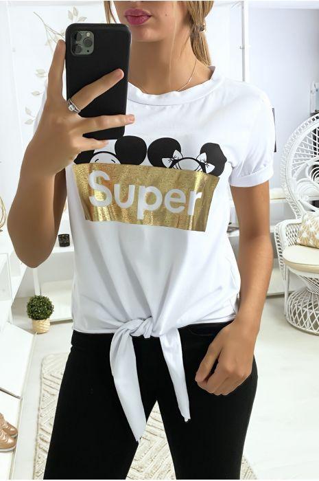 Tee shirt blanc avec écriture SUPER et noeud devant