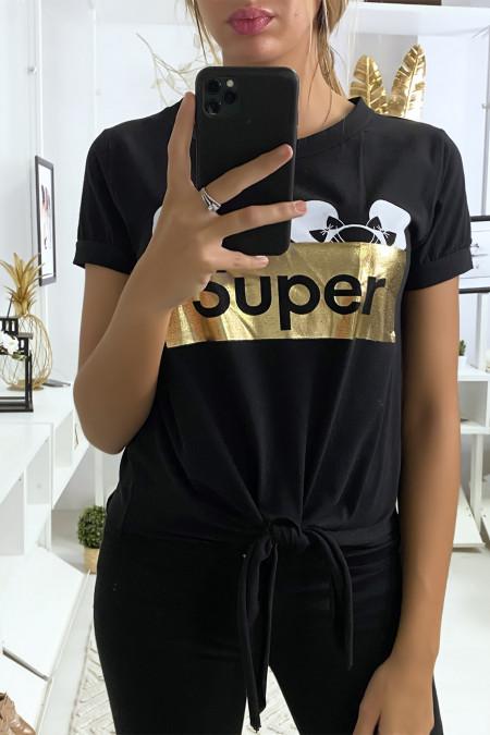 Zwart t-shirt met SUPER tekst en strik op de voorzijde