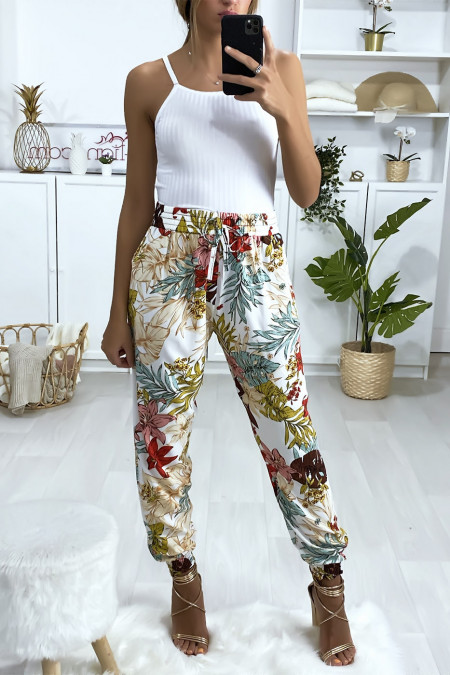 White cotton pants with flower pattern