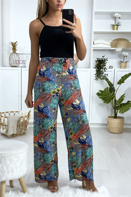 Palazzo pants with leaf pattern in green