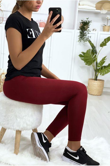 Leggings uni basique couleur bordeaux  .
