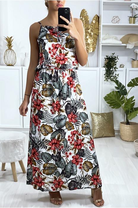 Longue robe blanche motif feuille avec bretelle et élastique à la taille