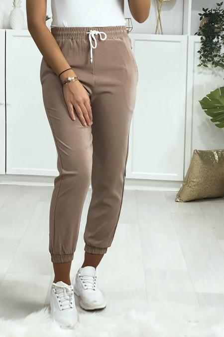 Pantalon jogging taupe avec poche serré en bas