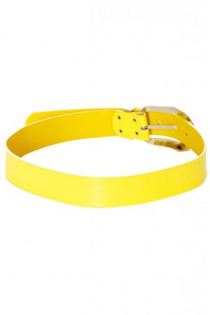 Ceinture jaune avec boucle argenté. D7364