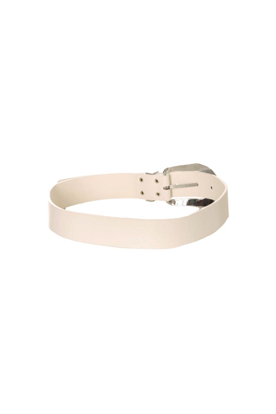 Witte riem met zilveren gesp. D7364