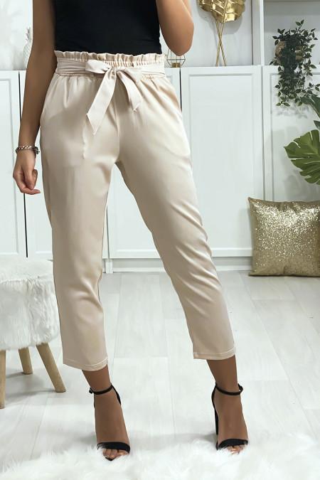 Satin beige cigarette pants with belt and pockets