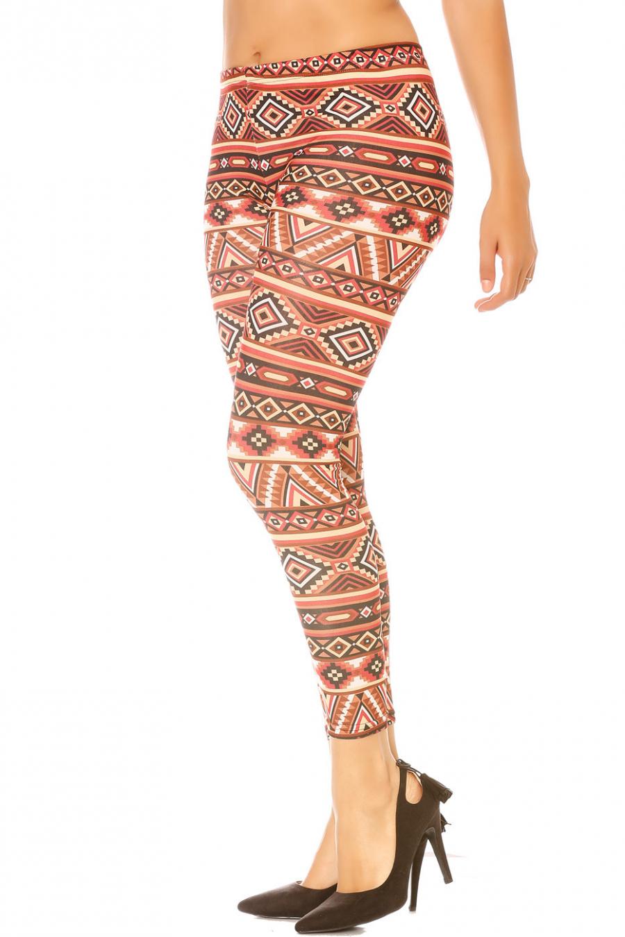Warm gekleurde legging met Azteeks patroon. G9-230