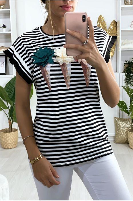 Zwart wit gestreept t-shirt met ijsjes patroon