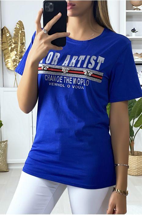 T-shirt royal avec écriture et strass