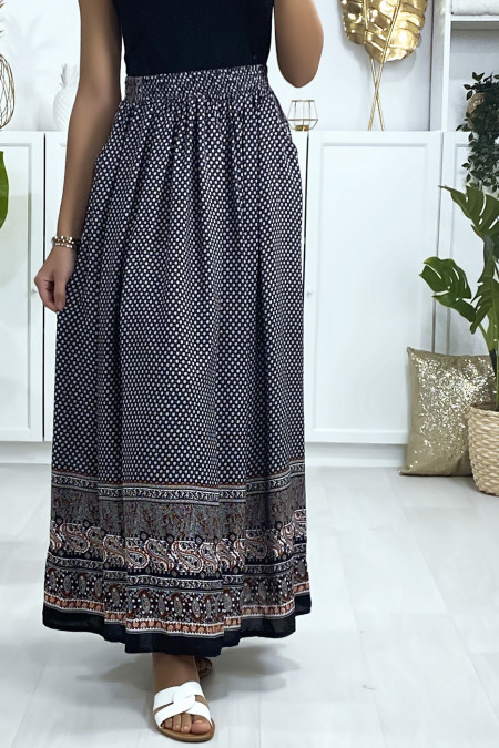 Long black and red patterned skirt with pockets