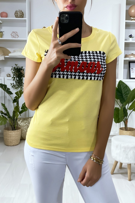 Yellow t-shirt with pieces and writing Amour