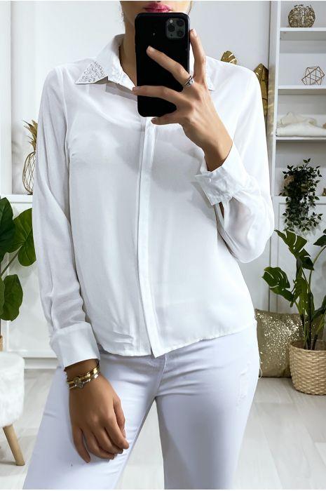 Wit overhemd met strass steentjes op de kraag