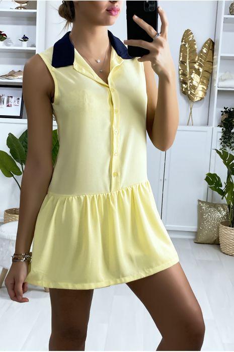 Gele korte jurk in tennis meisjesstijl met zwarte kraag