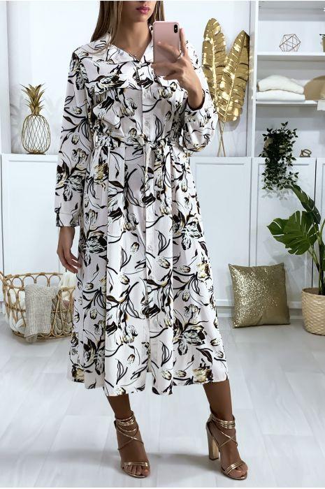 Robe à motif blanche boutonné avec ceinture et poches