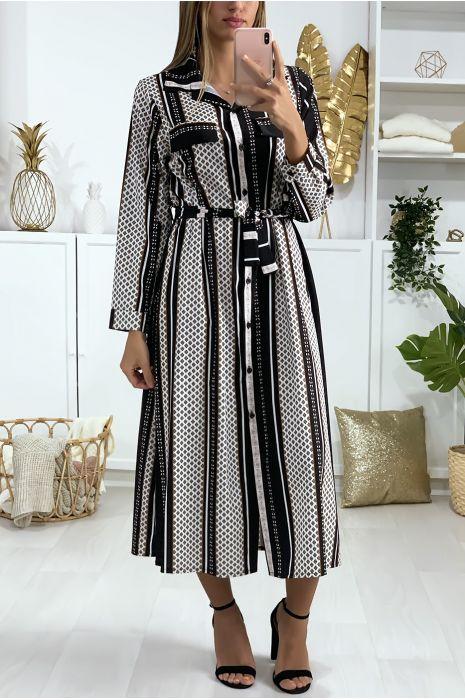 Robe à motif noir boutonné avec ceinture et poches
