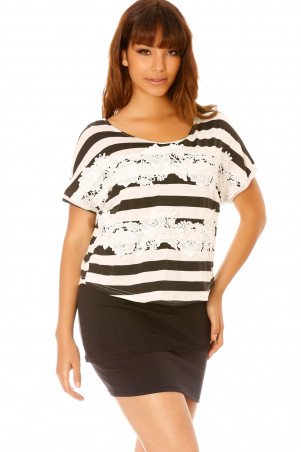 Loose black and white striped top with lace on the front - MC1723
