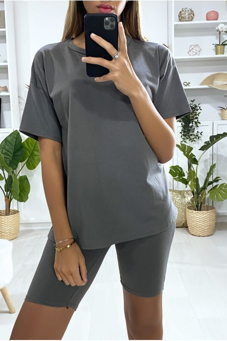 Modieuze kaki oversized short en T-shirt set