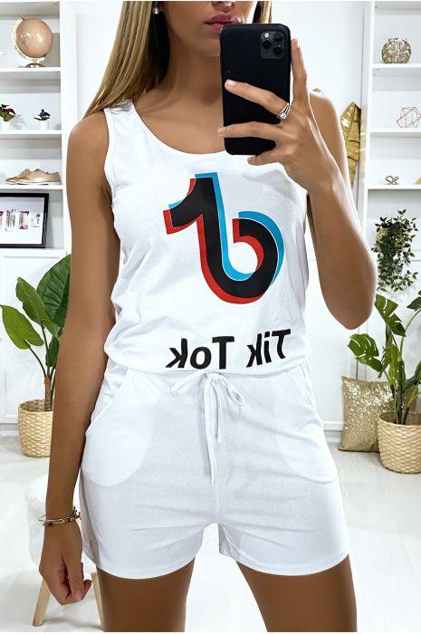Combi-short blanc avec écriture TIK TOK et poches