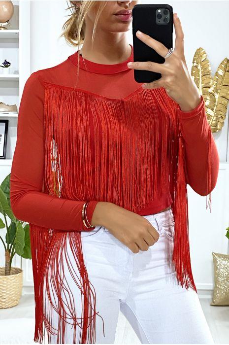 Haut rouge avec franges et résille aux buste et aux manches
