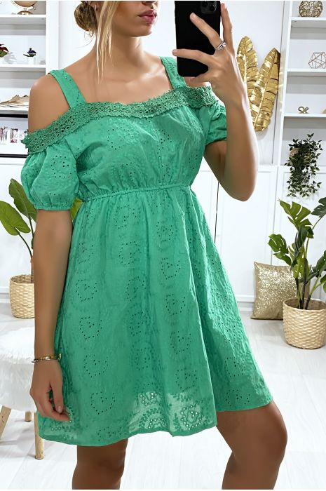 Groene kanten jurk met riempje en boothals