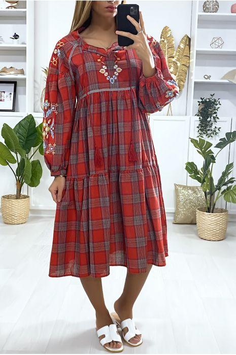 Rode tartan jurk met borduursel