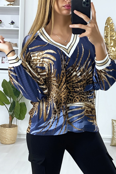 Blue blouse with loose leaf print