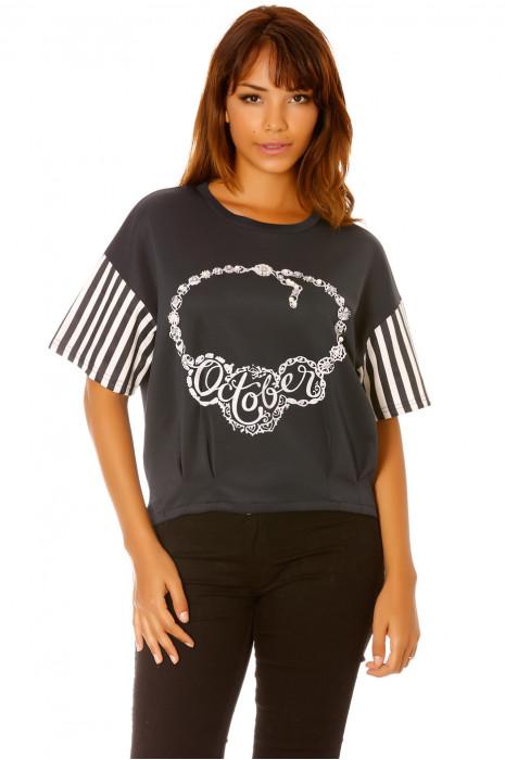 Tee-shirt manche rayés et plis bas de vêtement, motif october. Femme MC  1244