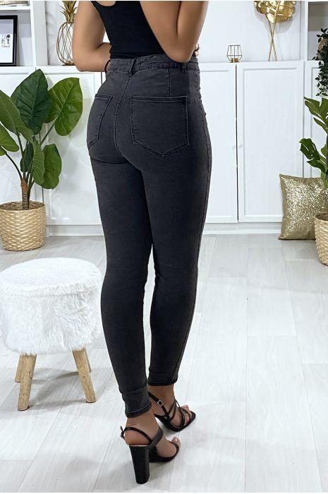 Jeans slim en noir délavé avec fausse poches à l'avant