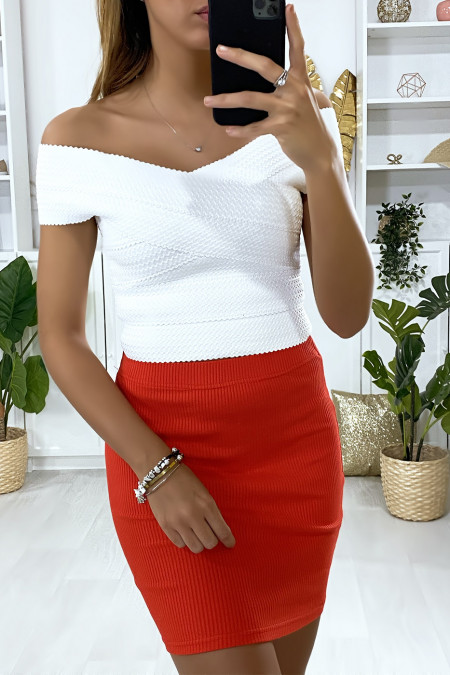 Red ribbed mini skirt