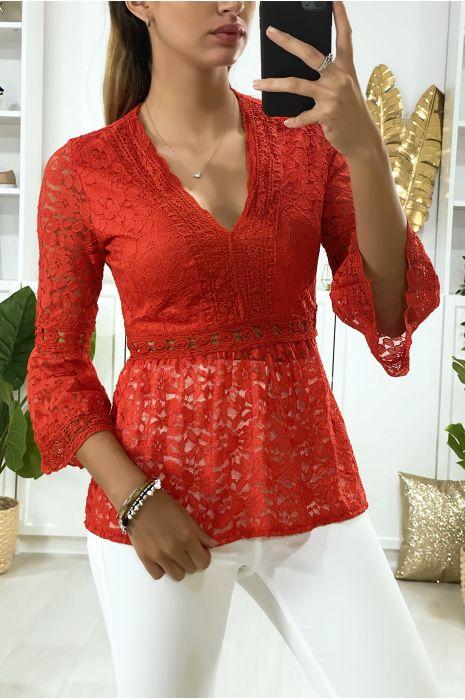 Rode kanten v-hals blouse met wijd uitlopende mouwen