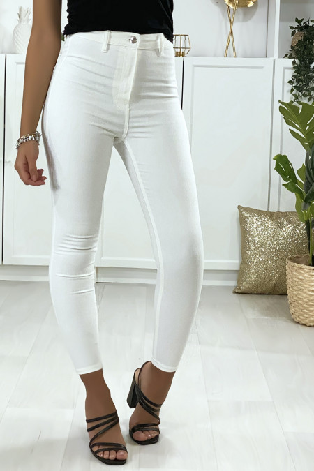 Slim jeans in white with back pockets