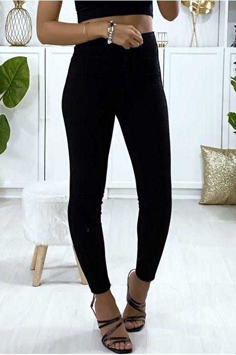 Jeans slim en noir avec poches à l'arrière
