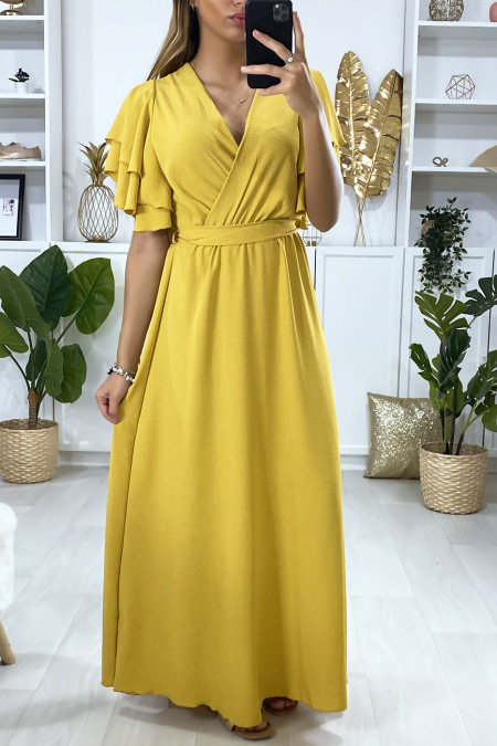 Long mustard dress crossed at the bust with flounce on the sleeves