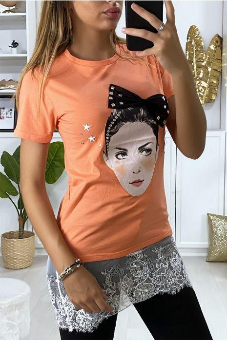 T-shirt corail avec dessin strass et dentelle