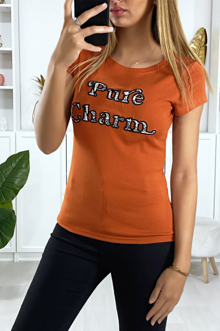 Cognac T-shirt with pure charm embroidered writing