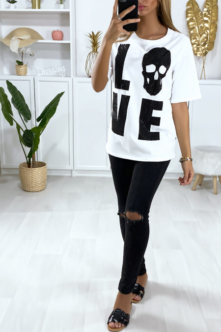 White T-shirt with Love writing adorned with rhinestones