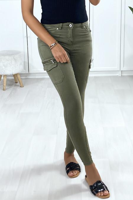 Light khaki mesh pants with side pockets