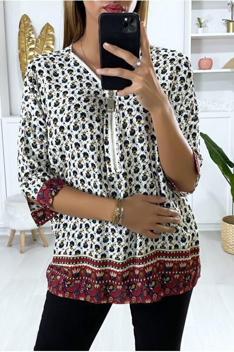 Rode blouse met patroon en kraagsluiting