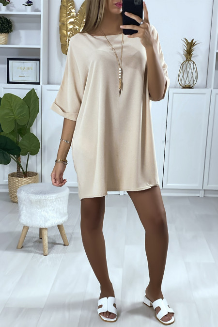 Loose tunic dress in beige with necklace