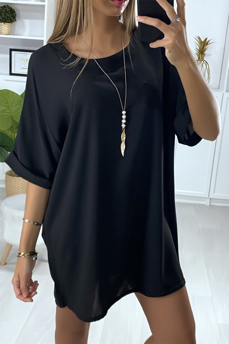 Loose tunic dress in black with necklace