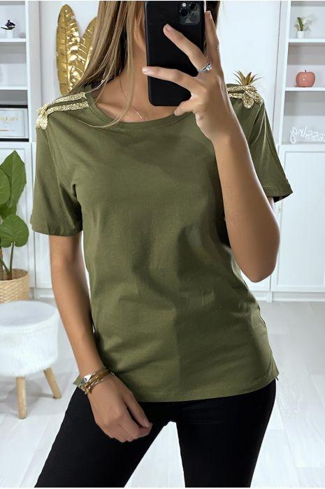 T-shirt kaki avec broderie doré aux épaules