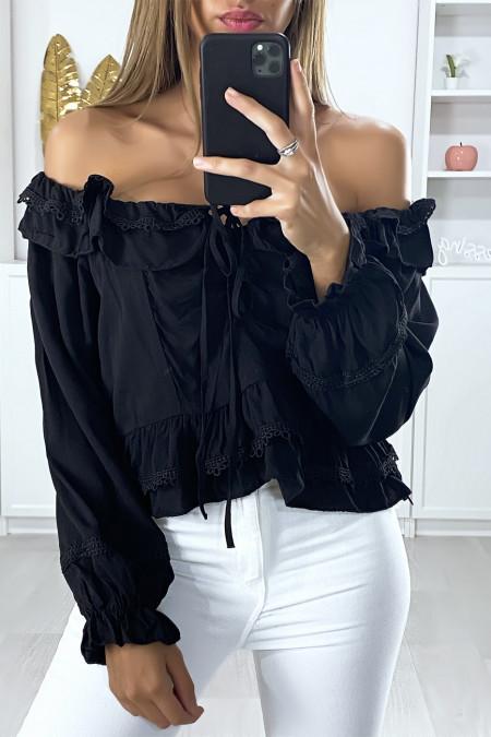 Zwarte blouse met boothals en kanten volant