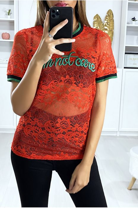 T-shirt en dentelle rouge avec écriture brodé
