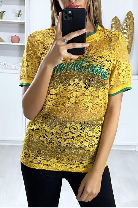 Mosterdgeel kanten T-shirt met geborduurd script