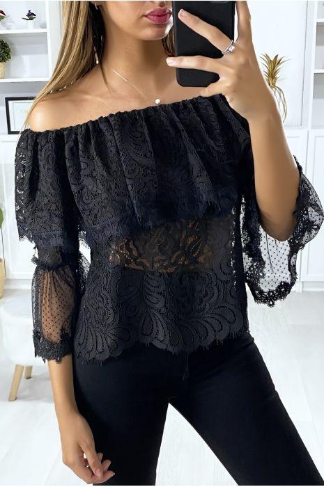 Zwarte kanten blouse met ruche halslijn