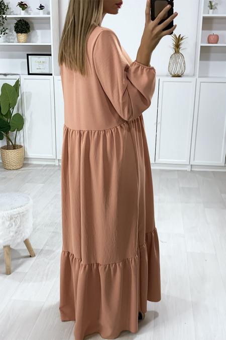 Lange roze jurk met V-hals en ruches